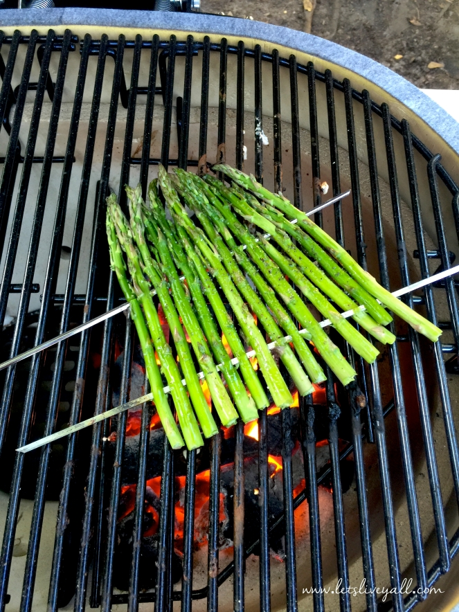 Lets Live Yall Grilled Asparagus grilling.jpg